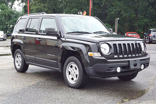 Jeep Patriot front view