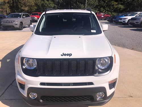 Jeep Renegade front view
